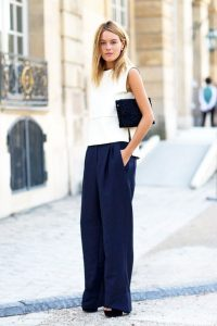 What To Wear, When It's Hot Outside but Cold Indoors? Here`s 5 Summer Outfit Tips